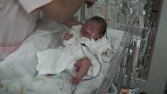娘の誕生 安城更生病院のNICUにて(2005-11-22)