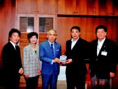安城市議会議長と同副議長と  議長室にて(2009-09-28)