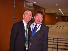 ティエリ・コンシニ/在外フランス人会議議員とともに、参議院議員会館にて
