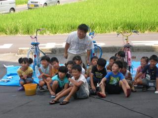 安城まちの学校でのペイント自転車教室(2007-08-25)